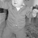 Un petit pas pour l'Homme, un grand pas pour mon bébé… ( Elle marche! )