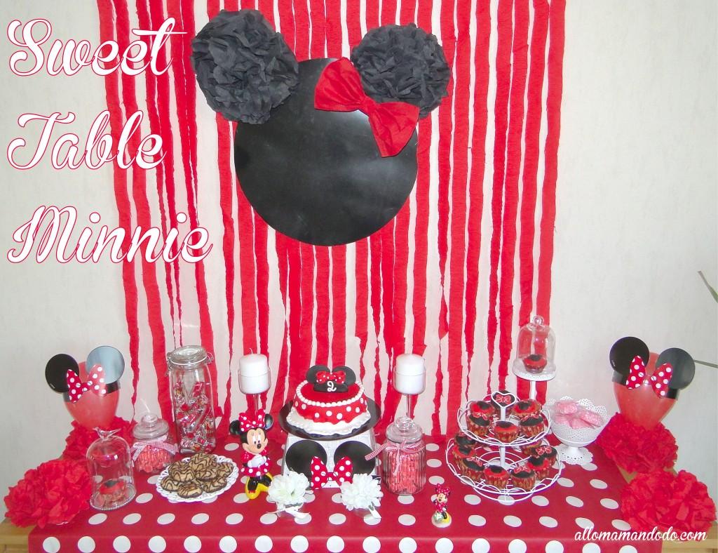 Sweet table thème Minnie rouge noir blanc