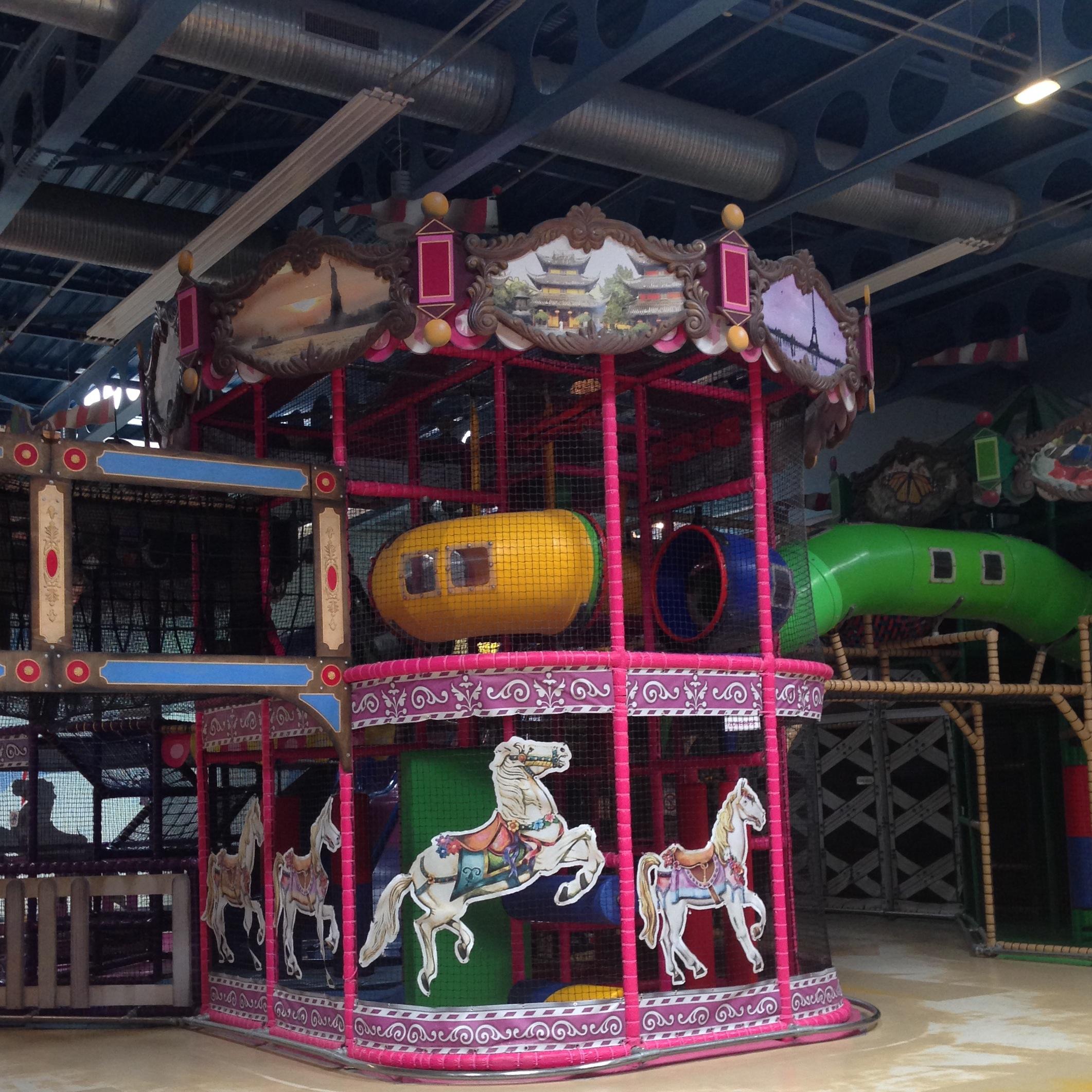 Vis ma vie de maman au parc de jeux int rieur humour for Parc interieur pour enfant