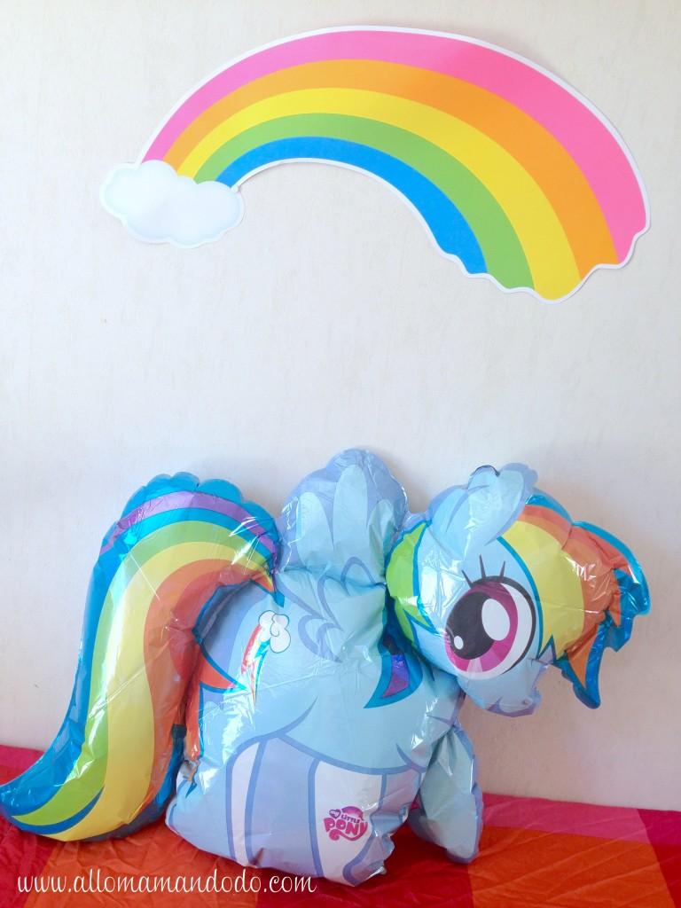 rainbow dash ballon arc en ciel