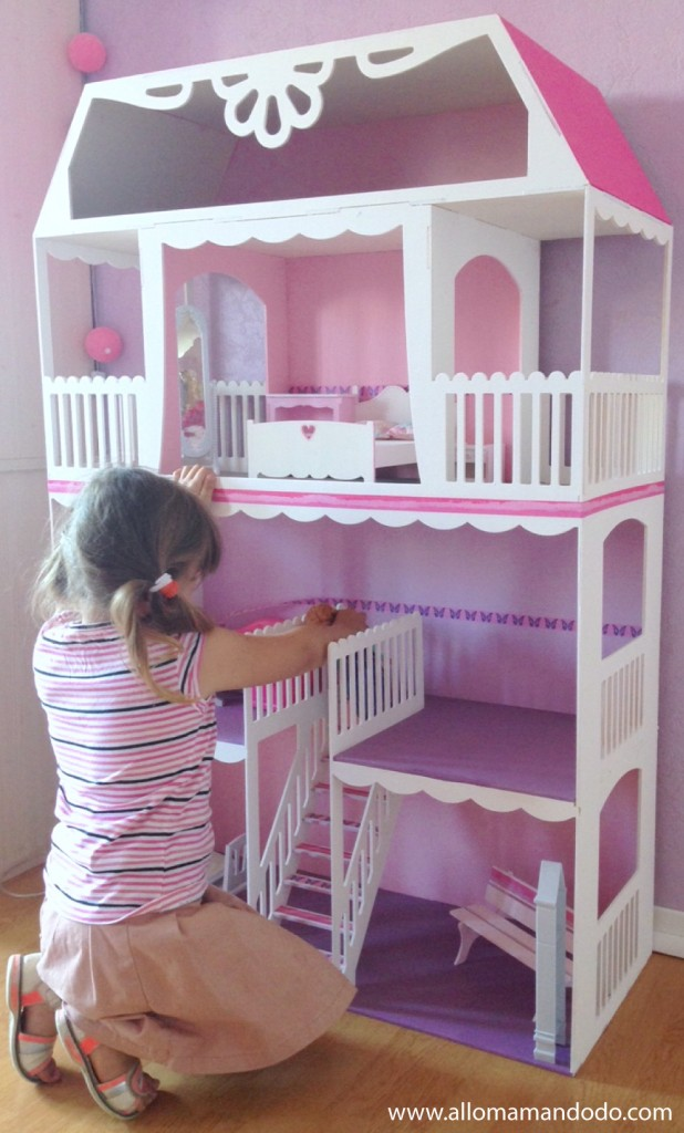maison barbie en bois d occasion. Black Bedroom Furniture Sets. Home Design Ideas