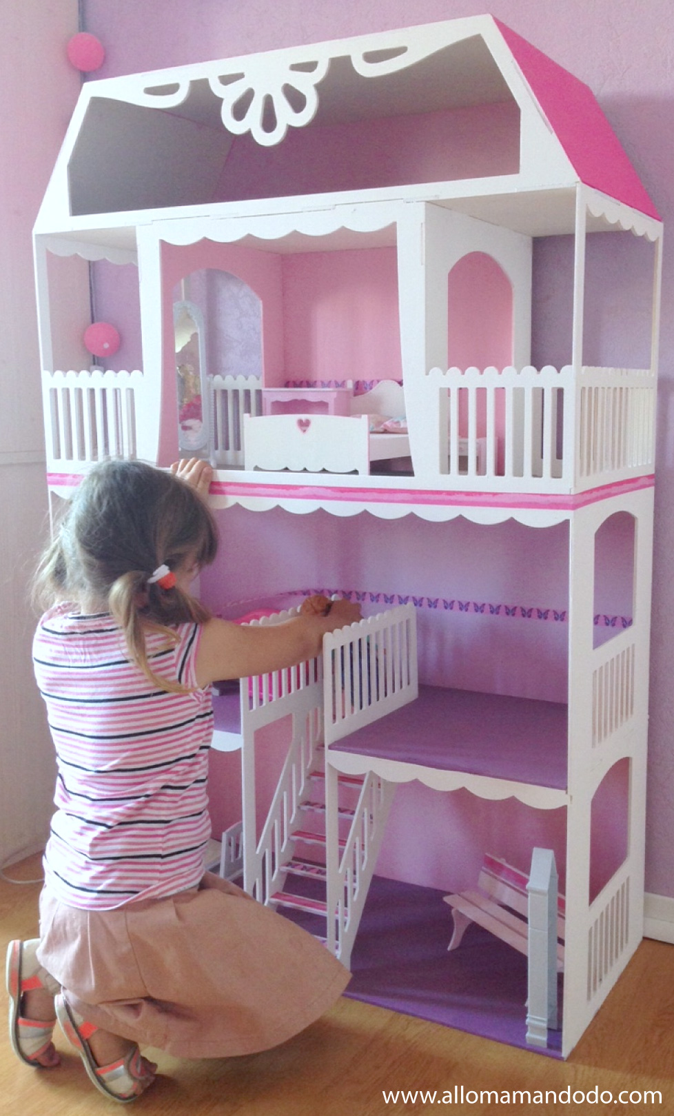 maison barbie. Black Bedroom Furniture Sets. Home Design Ideas