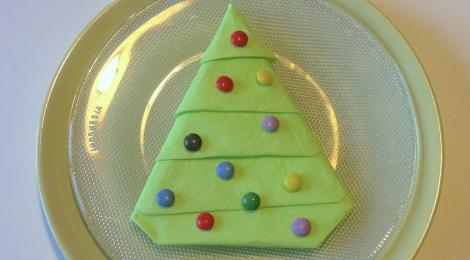 DIY Table de Noël: Pliage de Sapin en Serviette !