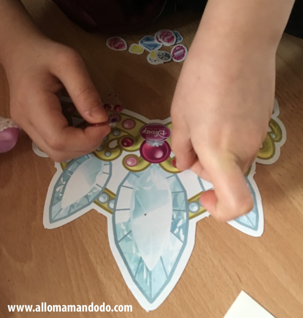 couronne stickers anniversaire princesse