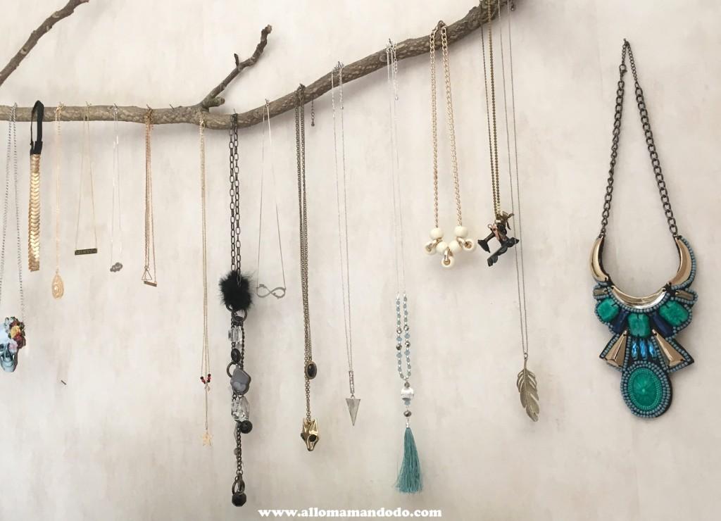 colliers suspension accroche